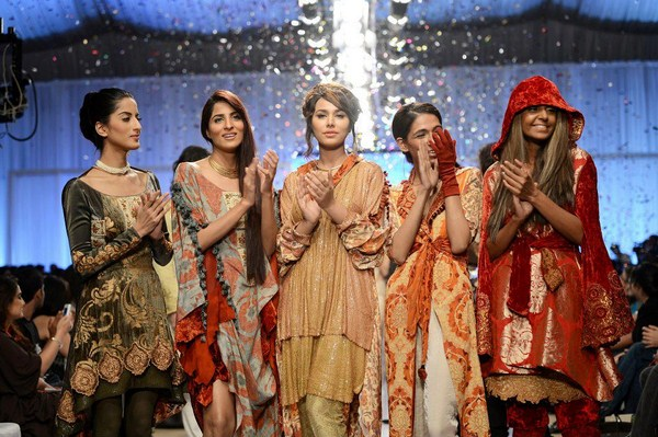 Shamaeel Ansari Collection 2013 At Fashion Pakistan Week 5  003