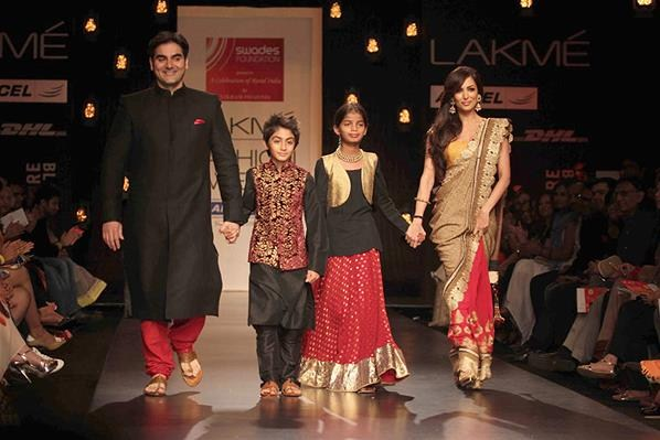 Vikram Phadnis's Spring Collection 2013 At Lakme Fashion Week 007