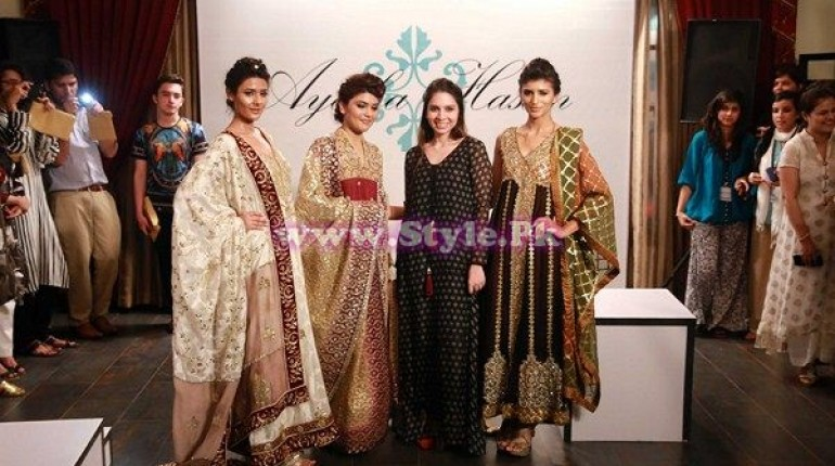 Ayesha Hassan with models