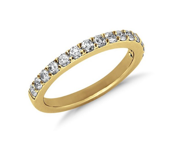 Beautiful Gold and Diamond rings For Women 003 600x497