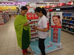 Garnier launches new Skin Naturals Pure Active Range