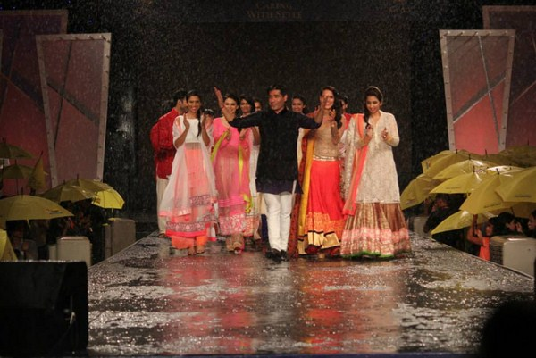 Manish Malhotra Monsoon Magic Collection 2013  004