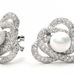 Pearl-Diamond-Stud-Bridal-Earrings
