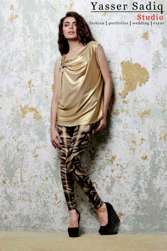 Rehan And Muzammil Party Wear Collection 2013 For Women 004