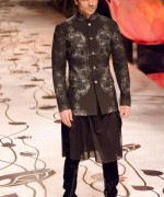 Rohit Bal Bridal Collection At Indian Bridal Fashion Week 2013 0010 150x180 international fashion brands