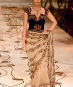 Rohit Bal Bridal Collection At Indian Bridal Fashion Week 2013 0023 150x180 international fashion brands