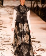 Rohit Bal Bridal Collection At Indian Bridal Fashion Week 2013 004 150x180 international fashion brands