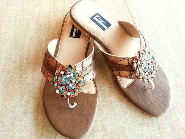 Farah & Fatima Fall Footwear Collection 2013 Volume 2 For Women 004