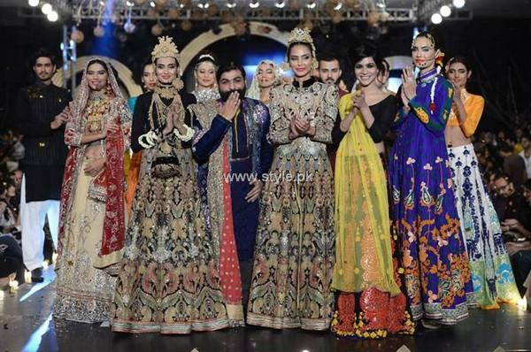 Ali Xeeshan Collection at PFDC L'Oreal Paris Bridal Week 2013 007 pakistani dresses fashion shows