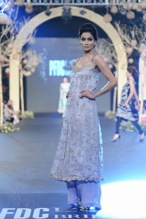 Deena Rahman Bridal Collection At PFDC Loreal Paris Bridal Week 2013 0011