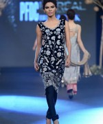 Deena Rahman Bridal Collection At PFDC Loreal Paris Bridal Week 2013 008