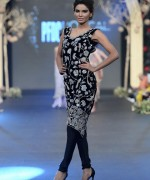 Deena Rahman Bridal Collection At PFDC Loreal Paris Bridal Week 2013 009