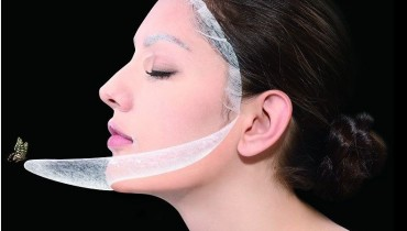 Learn How to Moisturize your skin Perfectly