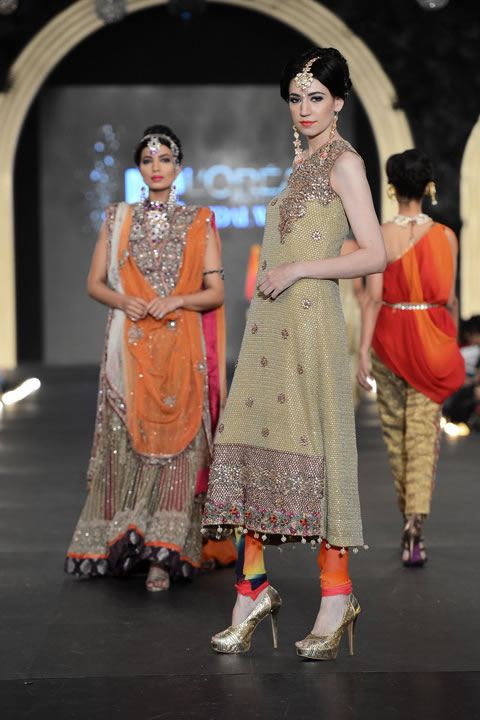 SAAI Bridal Collection At PFDC LOreal Paris Bridal Week 2013 009