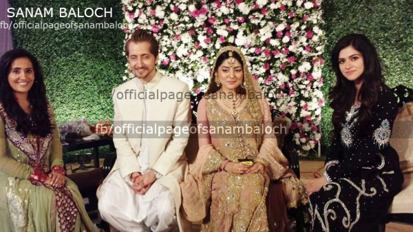 Sanam Baloch looking Gorgeous in Walima Picture 5 600x337 celebrity gossips