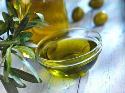 Six Benefits Of Olive Oil 400 x 300