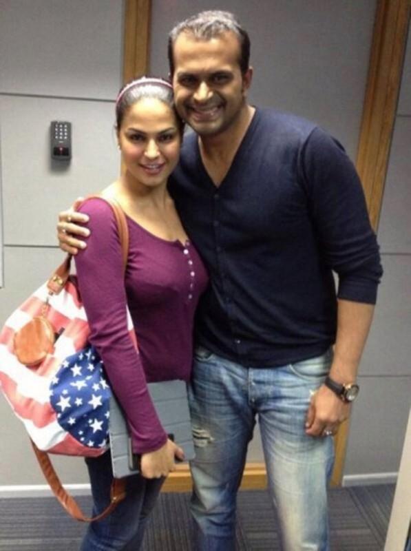 Veena Malik And Umar Farooq Pics