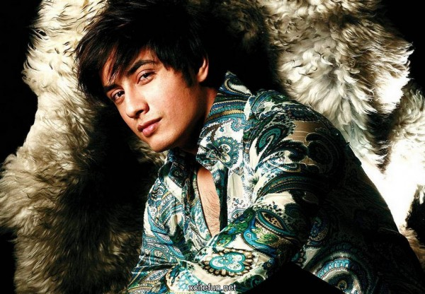 Ali Zafar Beaten Hrithik Roshan to 'sexiest Asian Man On Planet' Title 01