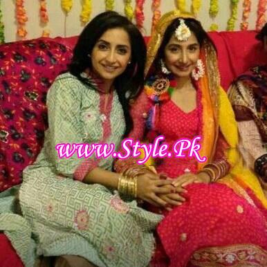 Hira tareen and Ali Safina Wedding Picture 01