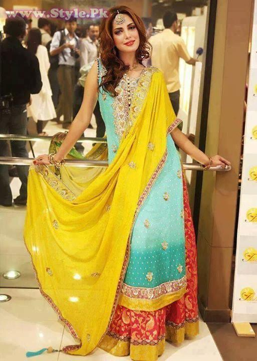 Latest Mehndi Party Dresses : Pakistani mehndi dresses for girls