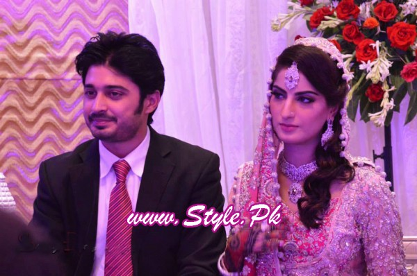 Sana Khan and Babar Khan Wedding Pic 01 600x398 celebrity gossips bridal dresses