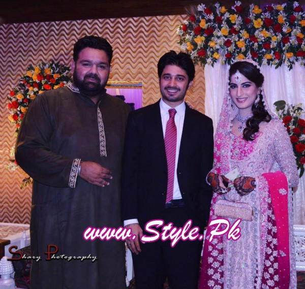 Sana Khan and Babar Khan Wedding Pic 05 600x569 celebrity gossips bridal dresses