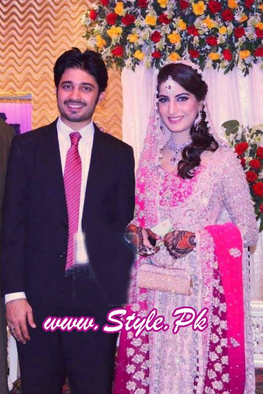 Sana Khan and Babar Khan Wedding Pic 06 535x800 celebrity gossips bridal dresses