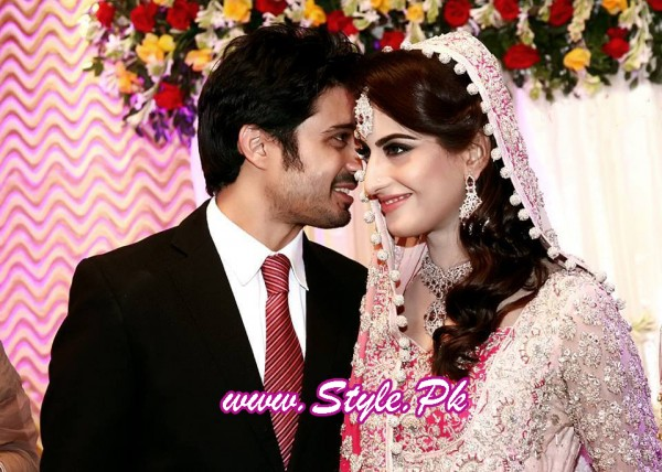 Sana Khan and Babar Khan Wedding Pic 14 600x428 celebrity gossips bridal dresses