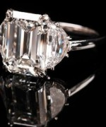 Best Emerald Cut Engagement Rings003