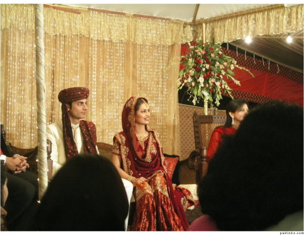 Fawad Khan Wedding Pic 03 600x464 celebrity gossips