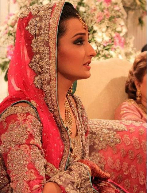 Momal Sheikh Wedding Pic 15