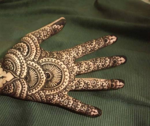 Simple Mehndi Designs For Girls 004