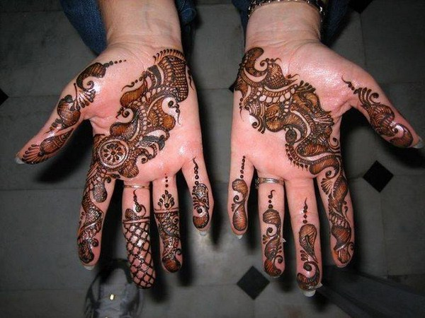 Simple Mehndi Designs For Girls
