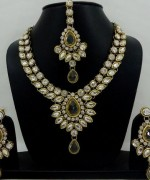 Kundan Jewelry for Women013