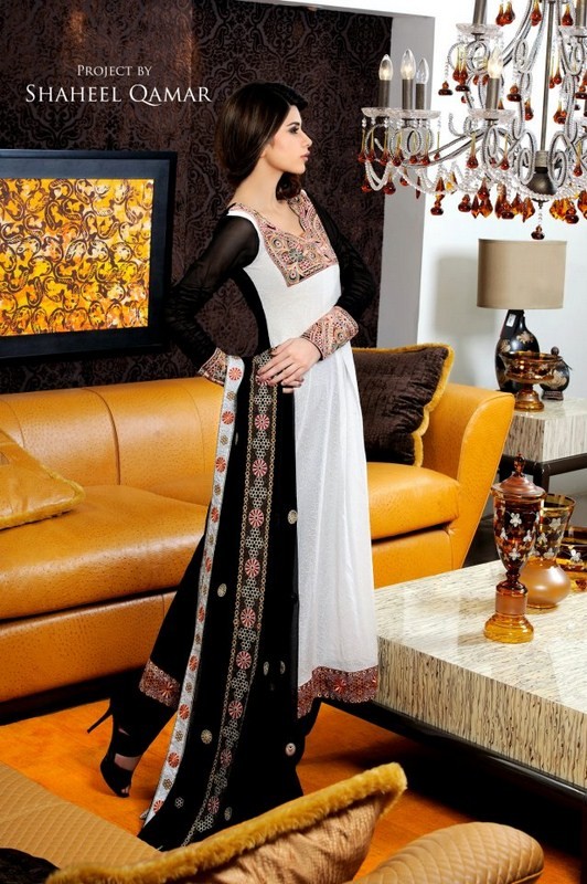 Pakistani Black And White Dress Designs For Girls 0016