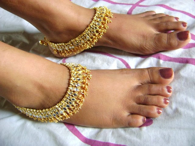 Anklets Designs For Girls Pretty Anklets for Gir...