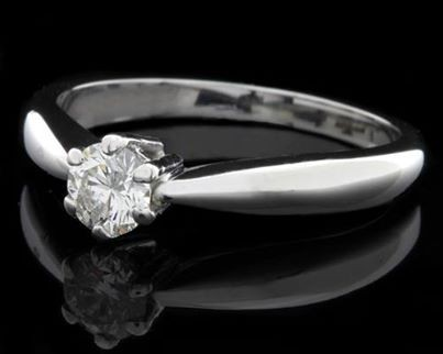 Unique White Gold Diamond Rings for Women