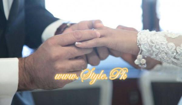 Veena Malik Valima Reception In White Wedding Style Pic 14