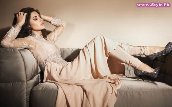 Popular Indian Fashion Brand Rubaaiyat In Pakistan