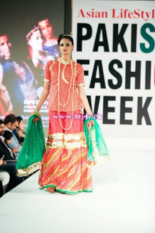 Kayseria Pret in Pakistan Fashion Week Dubai 008