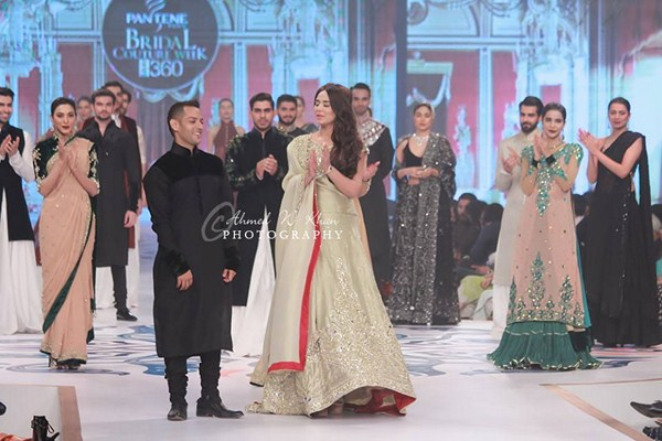 Mansoor Akram Collection At Pantene Bridal Couture Week 2014 0019