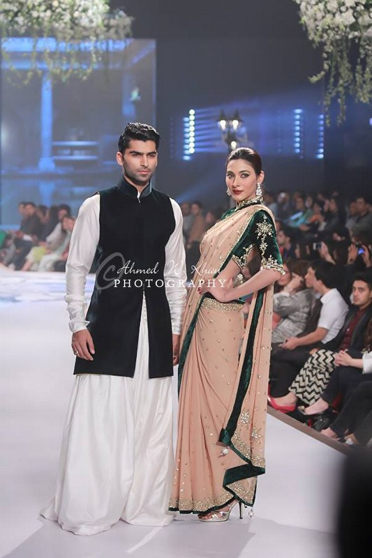 Mansoor Akram Collection At Pantene Bridal Couture Week 2014 002