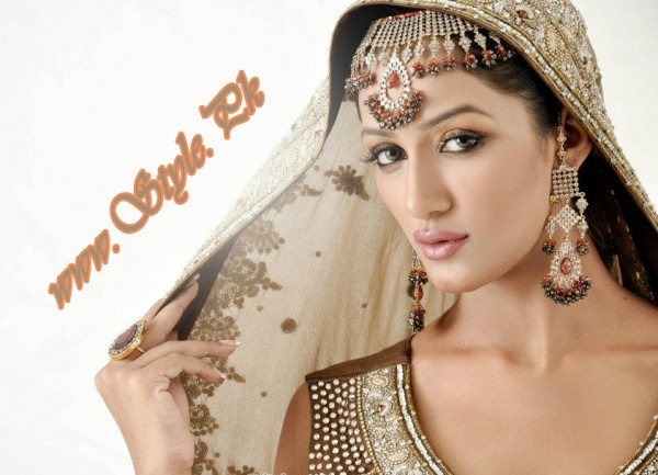 Mathira Is Ready To Debut As A Singer pic 02