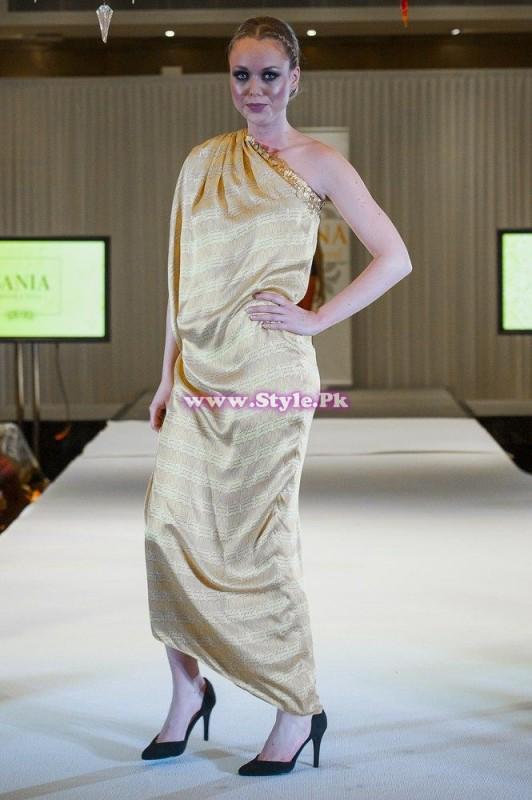Sania Maskatiya showcase in London at Faisana Fashion Weekend 003