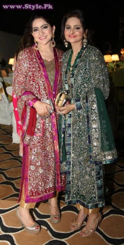 Shazia Atif Vs Sehr Asher