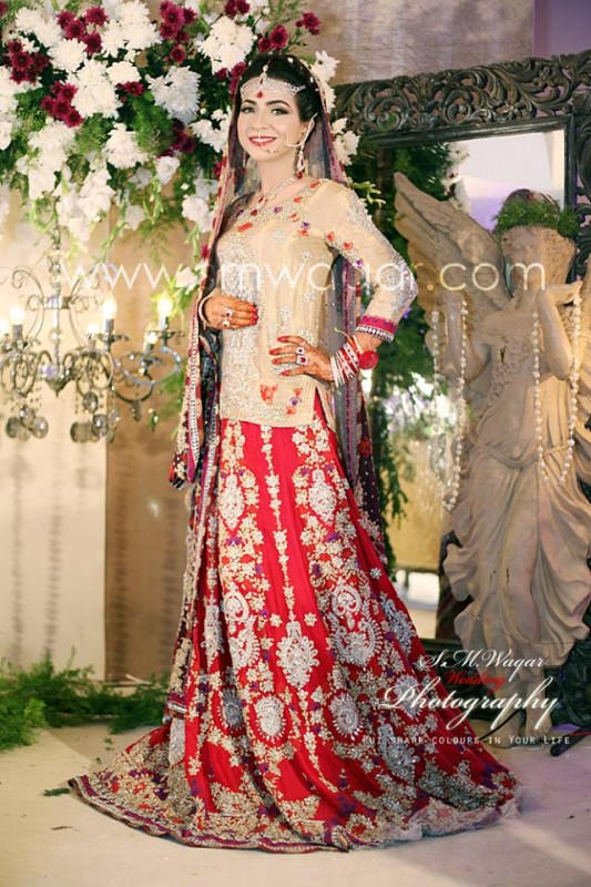 Dua Malik Mehndi And Wedding Pictures 09