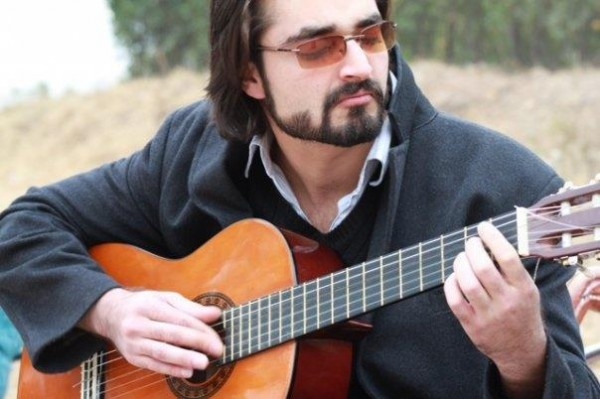 Hamza Ali Abbasi Profile And Pictures 09
