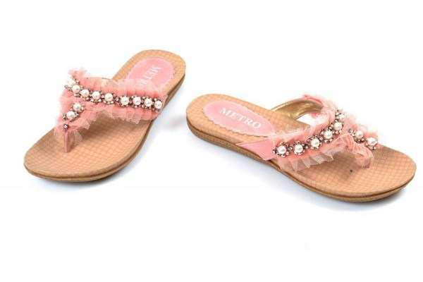 Metro Shoes Eid-Ul- Fitr Collection 2014 For Women 0010
