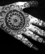 Round Mehndi Designs 2014 For Women 006