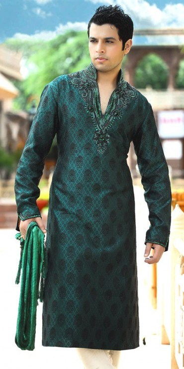 Trend Of Mehndi Kurtas 2014 For Men 003